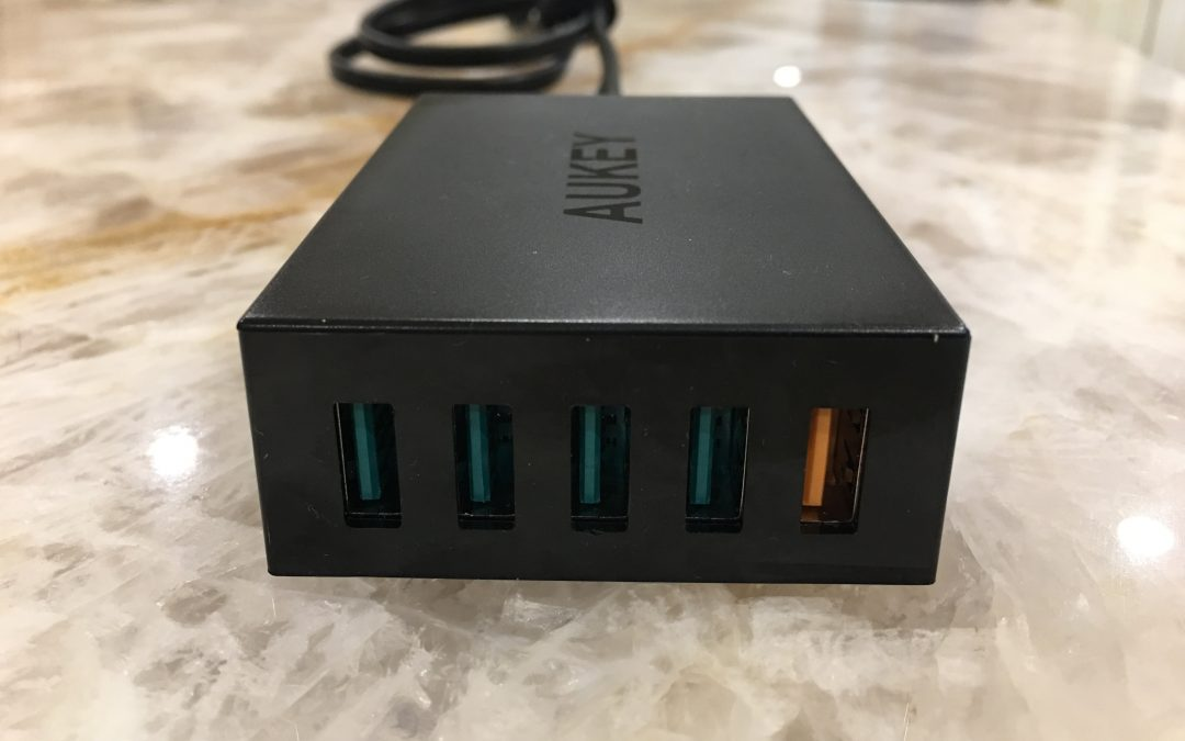 Praveen's Picks: AUKEY 54W QC 2.0 Universal 5 Port USB Charger